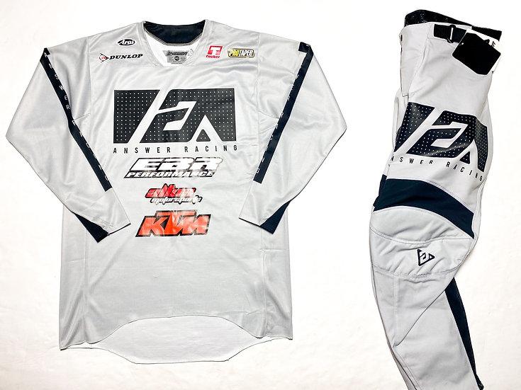 "Answer Racing Elite ""Asylum"" gear combo BRAND NEW  (32/M)"