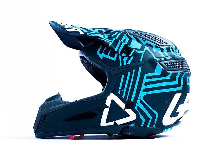 LEATT GPX 5.5 V11 Helmet Size Small