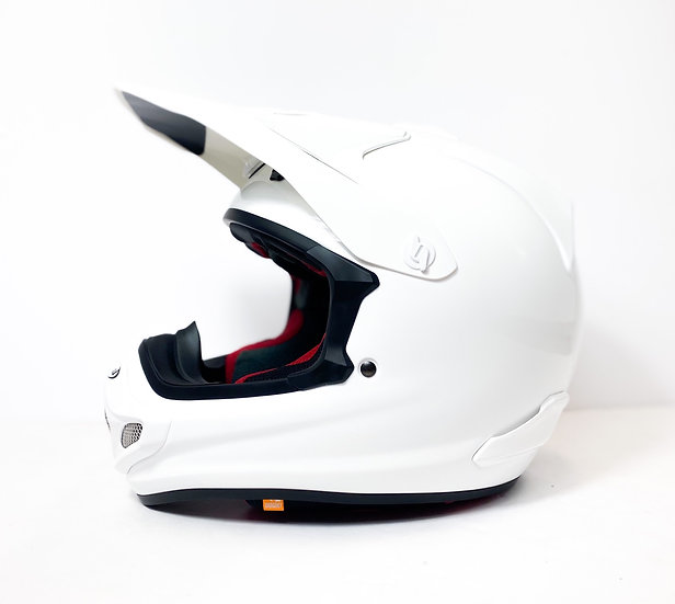 Arai VX-Pro4 white gloss Helmet BRAND NEW Size Medium