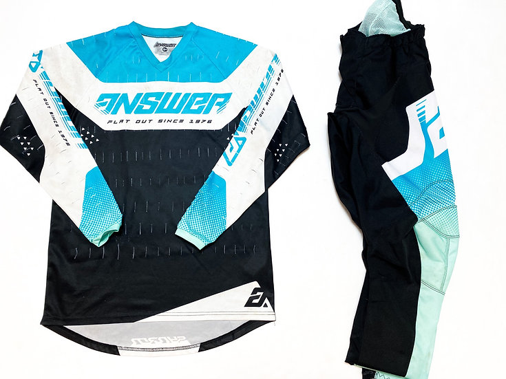 Answer Syncron teal/black gear combo (30/S)