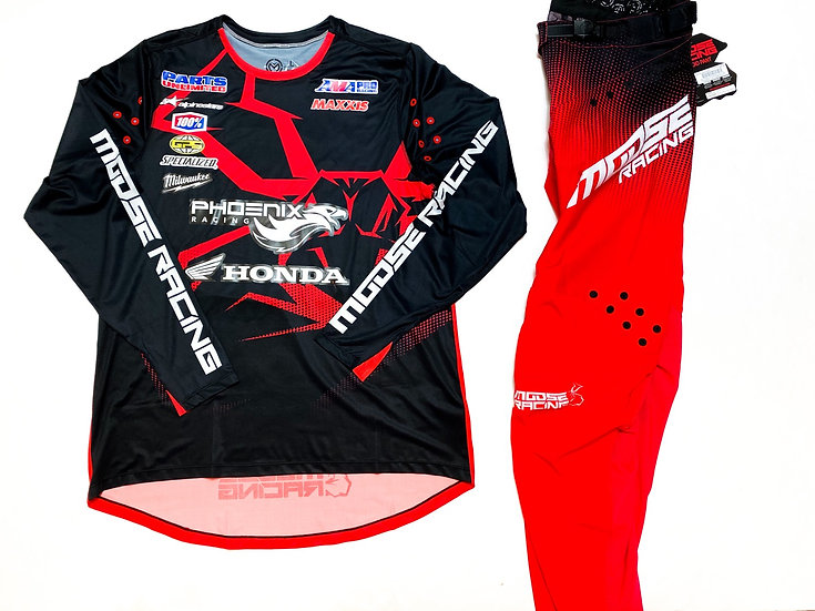 Moose Agroid red/black gear combo BRAND NEW (32/L)