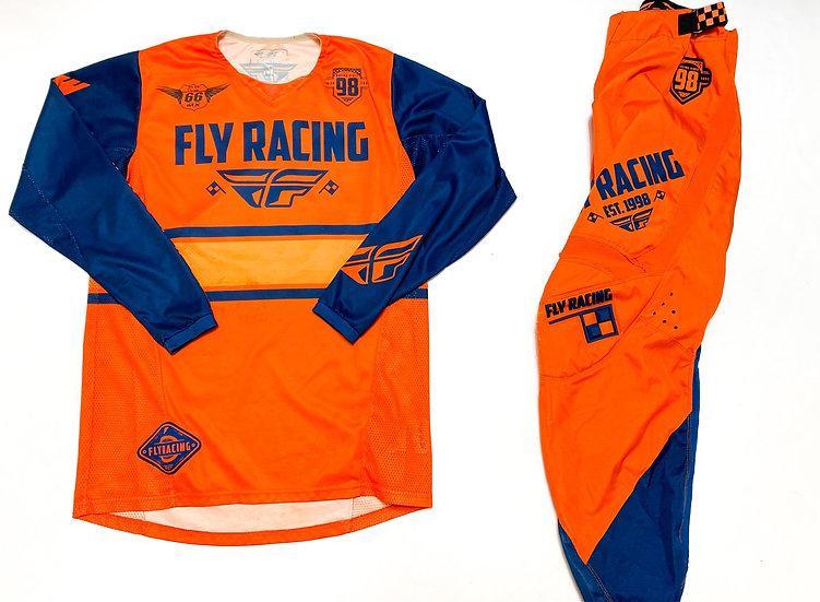 Fly Kinetic Era navy/orange gear combo (32/M)