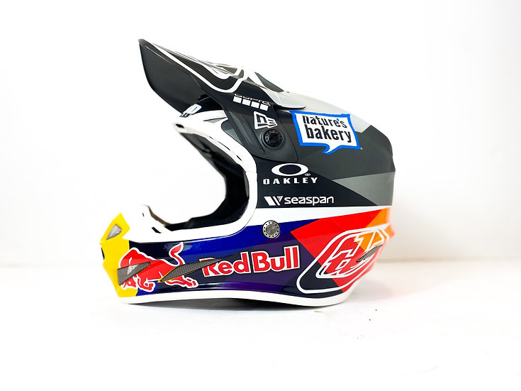 "Troy Lee Designs SE4 ""Redbull Athlete Only"" Custom Painted helmet Size Small"