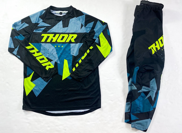 """Thor Sector """"Warship"""" gear combo (30/M)"""