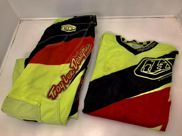 Troy Lee Designs 2015 GP Air Astro gear combo