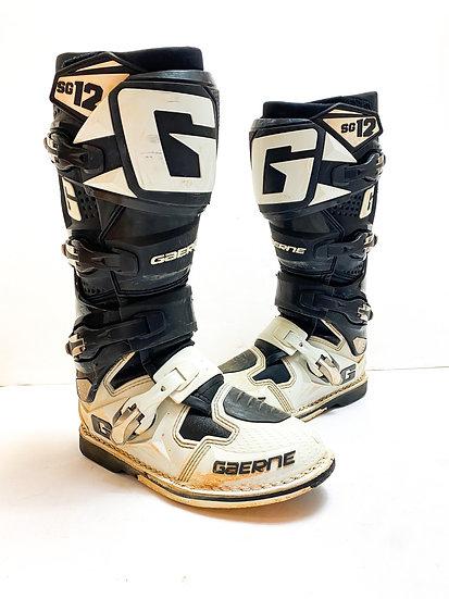 Gaerne SG12 black/white boots Size 8