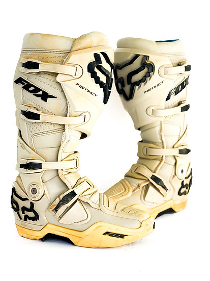 "Fox Instinct ""Irmata"" boots Size 8"