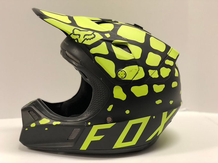 FOX V3 Grav 2017 Matte Black / Yellow Helmet size large