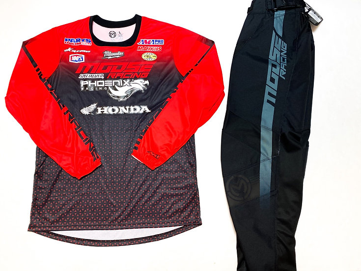 Moose M1 red/black gear combo BRAND NEW (32/L)