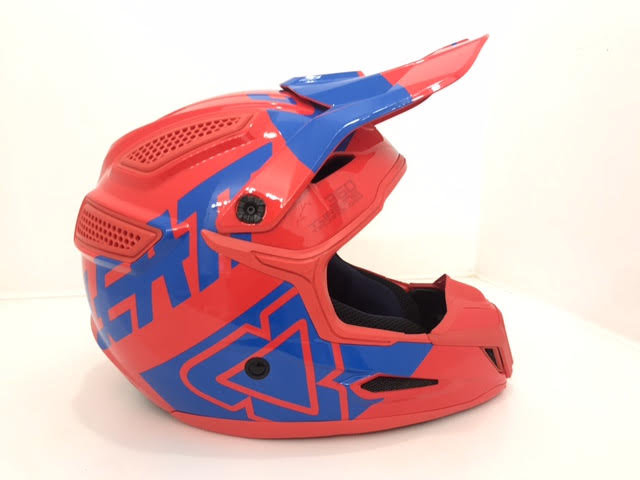 Brand New Leatt 5.5 mx helmet size medium