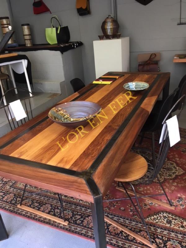 Table noyer chêne clair chêne brun