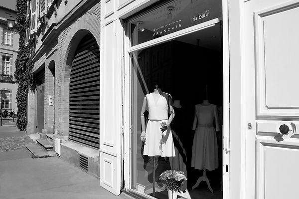 boutique de robe createur minimaliste toulouse, robe mariage, petite robe noire, made in france