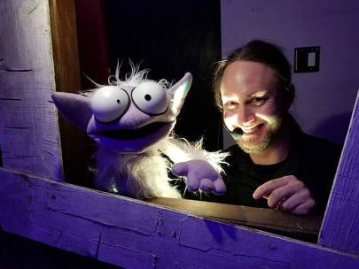 Puppets/Puppeteers
