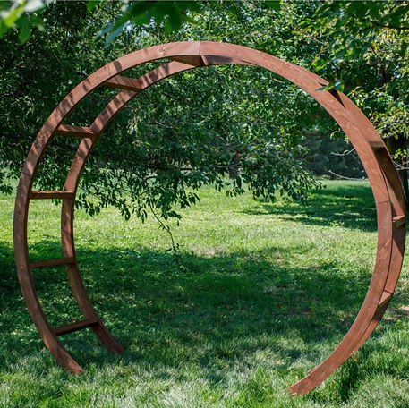 Round Arbor.JPG