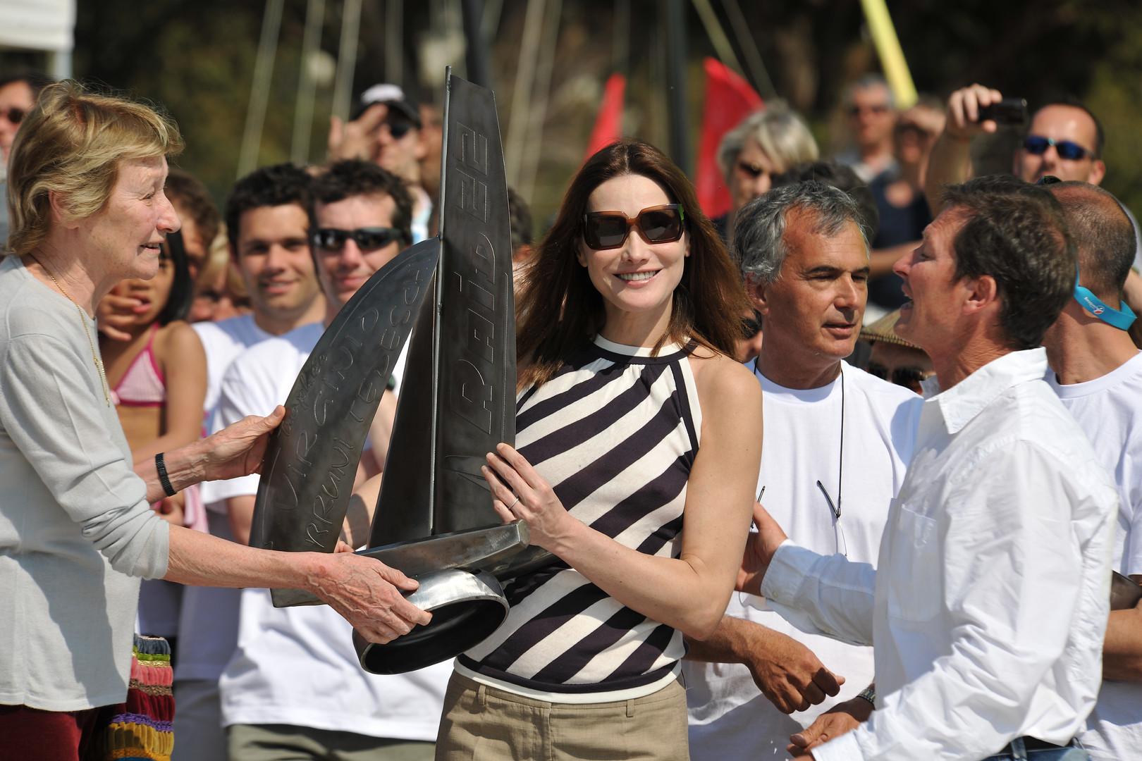 Carla Bruni-Sarkozy à La Voile de Cavalière.