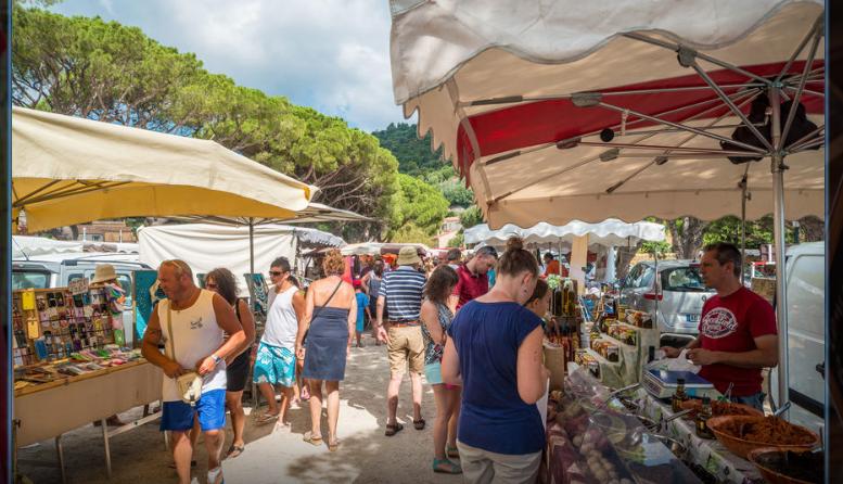 Marché provençal de Cavalière