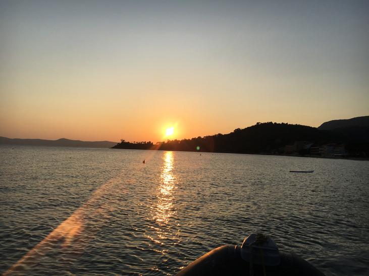 Coucher de soleil à Cavalière près de votre location de vacances