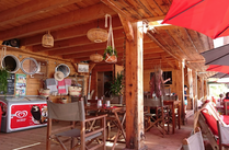 Restaurant de plage au Lavandou La Voile