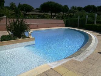 Location appartements Cavalière, la piscine
