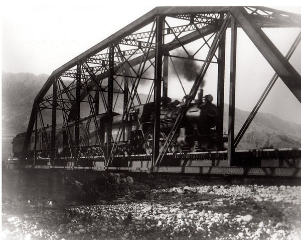 train crossing Sespe.jpg