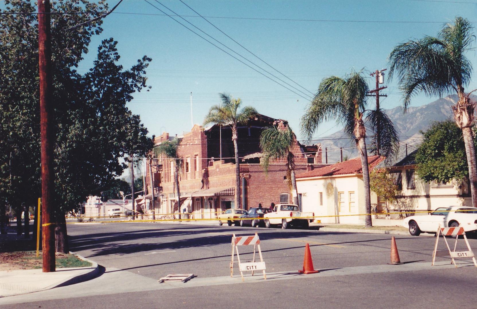 1994 Earthquake, Looking West on Sespe