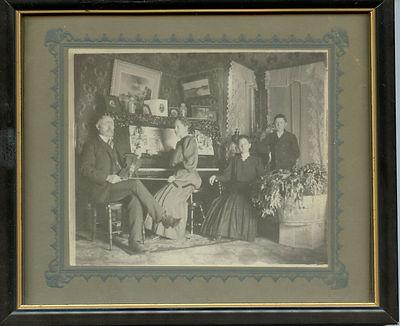 Home Entertainment circa 1909.jpg