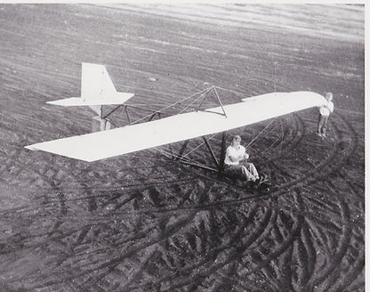 """Don Shaw in glider and Edward """"Ebbie"""" Wi"""
