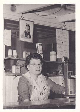 Elvira Hardison 1955.jpg
