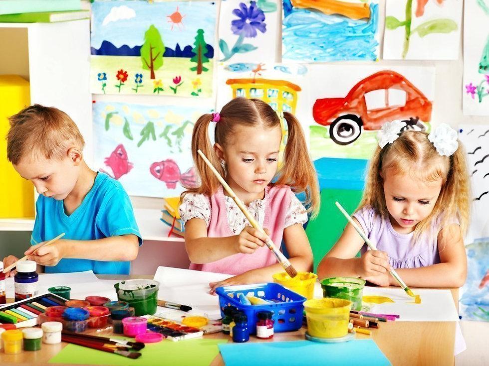 Дети рисуют.jpeg