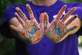 hands-423794_1280.jpg