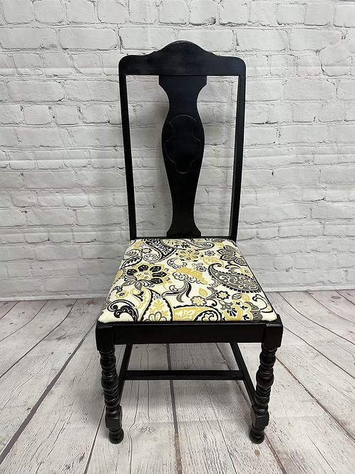 Black chairs for farmhouse table