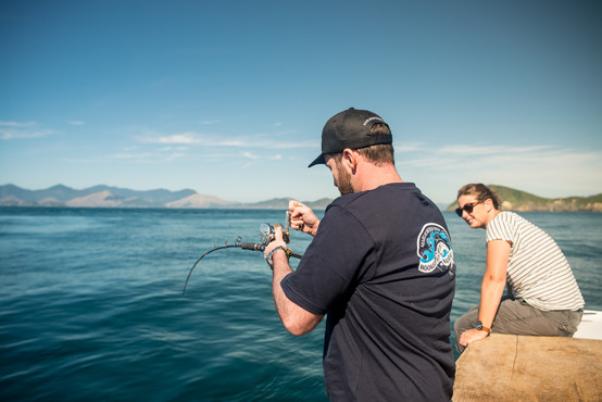 DM F hooked on wairau sounds boat couple