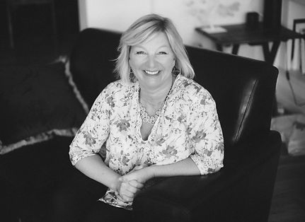 Christine Saunders Creative Consultant & Coach Photography & Illustration