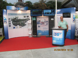 Roey in IDS booth