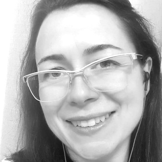 Profa. Dra. Angélica Garcia Couto