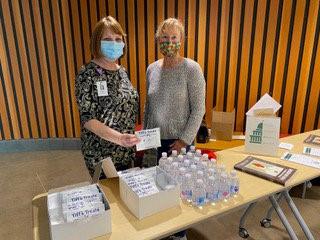 vaccine clinic patty and belinda.jpg