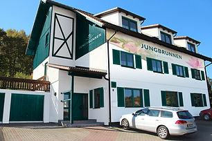Landhotel_Jungbrunnen_Bad_Brambach.jpeg