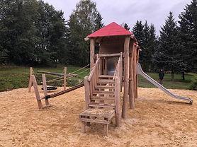 Spielplatz_Freibad_Bad_Brambach.jpg