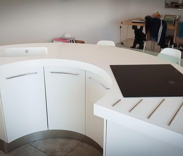 Circular Kitchen Island Solid Surface Worktop