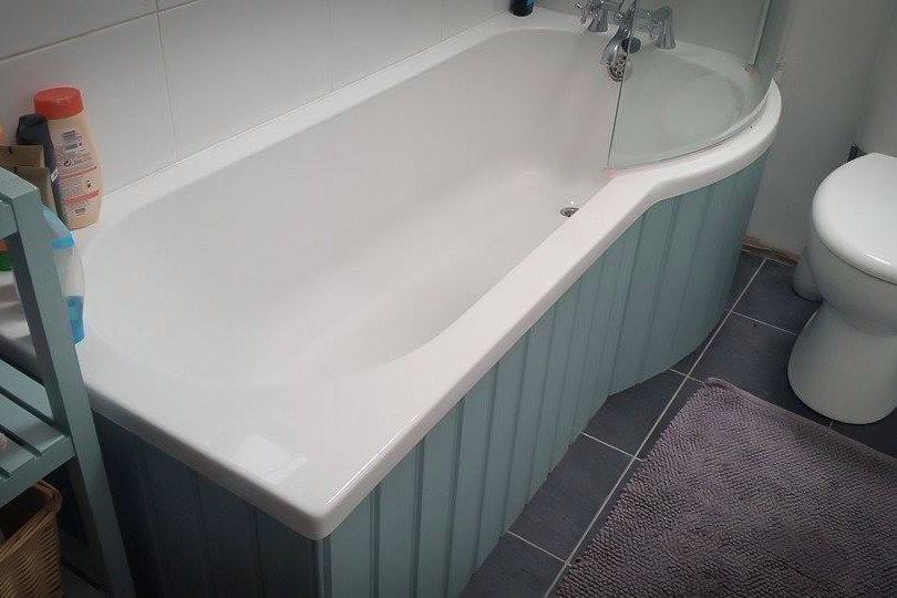 Bespoke Handmade Bath and Bathroom Furniture