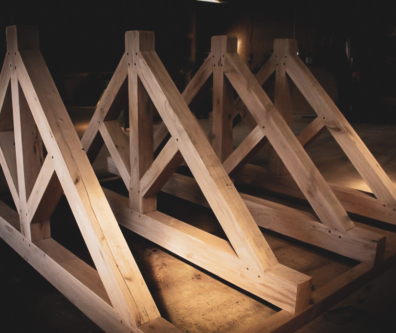 Construction : Oak King Post Truss