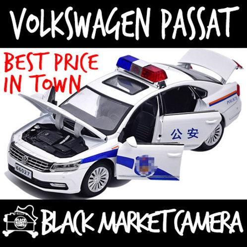 1:32 Volkswagen Passat Police Diecast Car Model