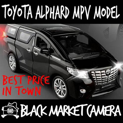 1:32 Toyota Alphard MPV Diecast Car Model