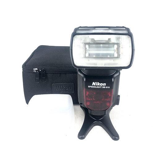 *SOLD* Nikon Speedlight SB910