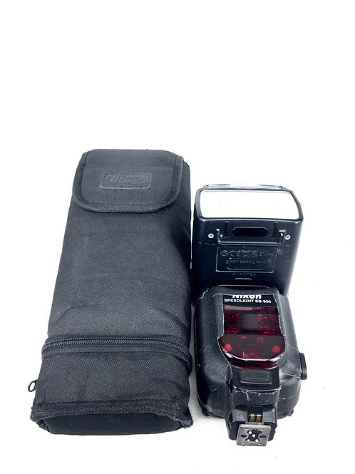*SOLD* Nikon Speedlight SB900