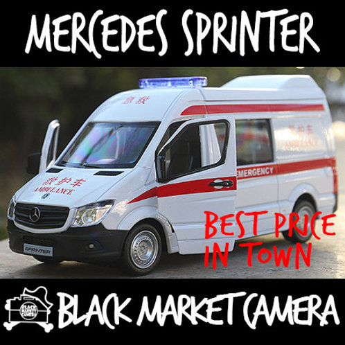 Miniature 1:36 Mercedes Sprinter Ambulance Model