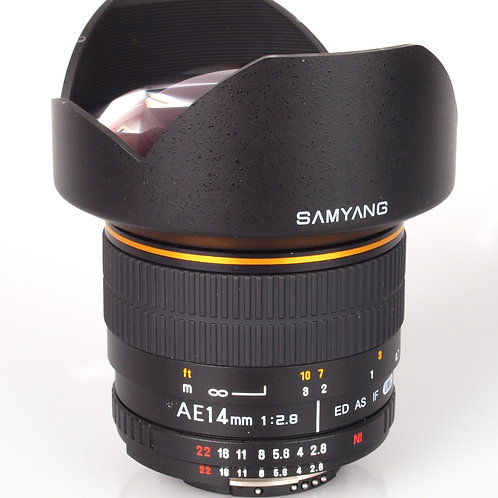 Samyang 14mm f/2.8 IF ED UMC (AE) – Nikon F