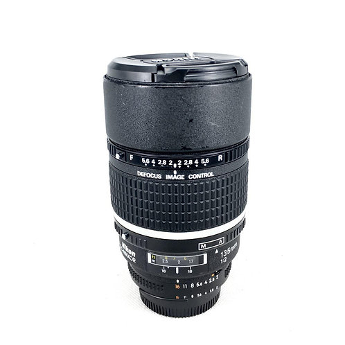 Nikon AF DC 135mm f2