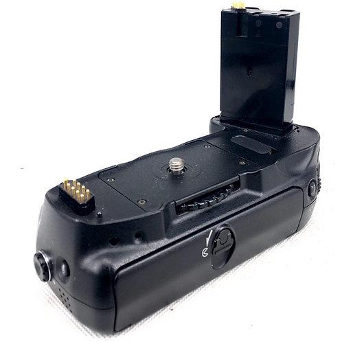 Nikon MB-D100 Grip for Nikon D100