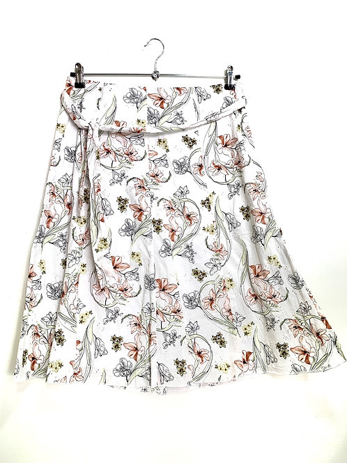 M & S A Line White Floral Skirt Size  42